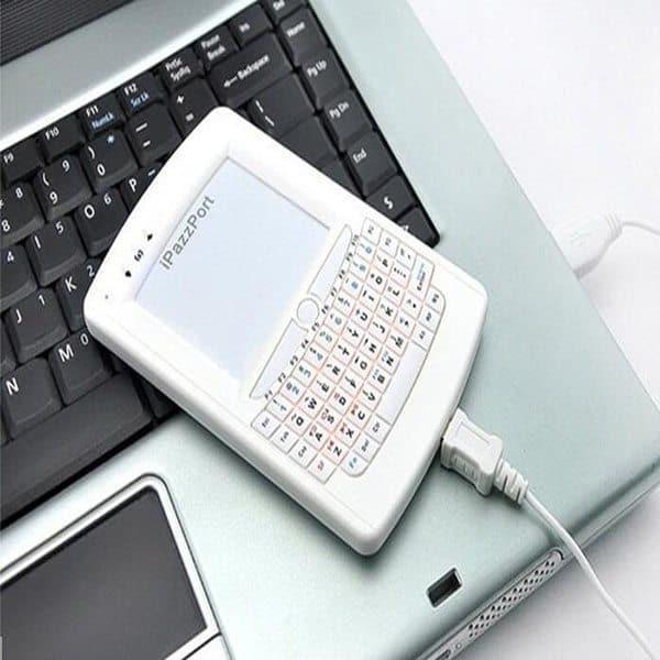 Клавиатура в формате смартфона iPazzPort