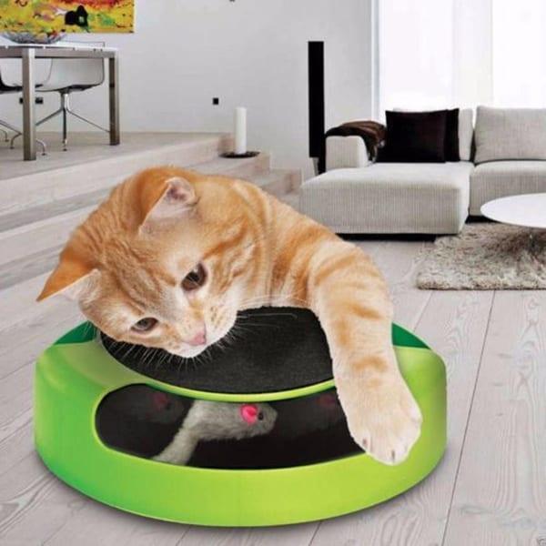 Игрушечная мышка-когтеточка для кошачьих забав