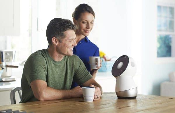 Социальный домашний робот Jibo