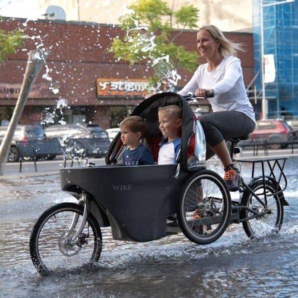 Складной гибрид велосипеда и детской коляски Salamander