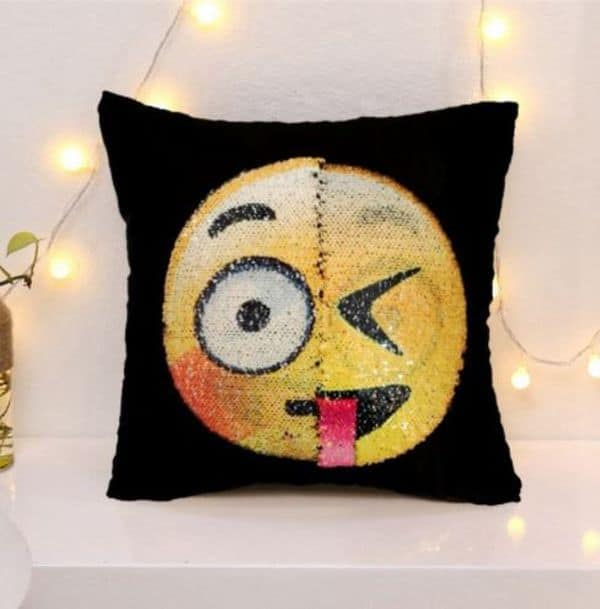Чехлы для диванных подушек с эмодзи-перевертышами