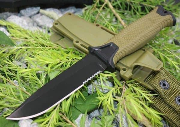 Удобный тактический нож