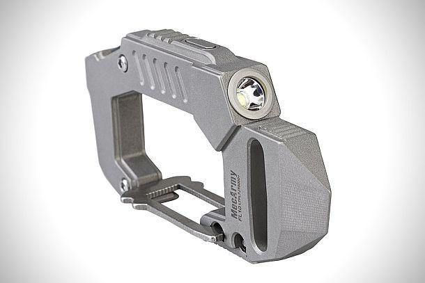 Многофункциональный титановый карабин с фонариком MecArmy