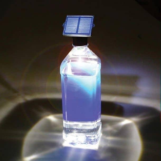 Светодиодная насадка с солнечной батареей на бутылку