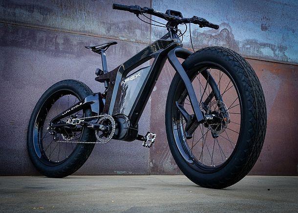 Электрический велосипед нового поколения Luna Apex