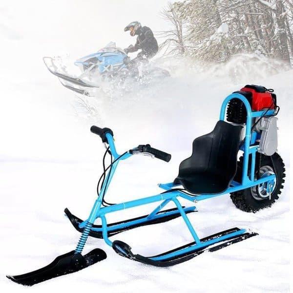 Детский снегокат с бензиновым двигателем