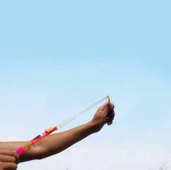 Летающий фонарик-мигалка