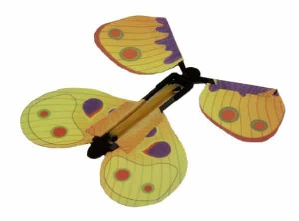 Бабочка-сюрприз для поздравительных открыток