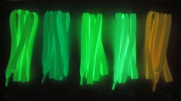 Люминесцентные шнурки для кроссовок и кед