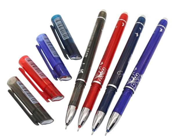 Гелевая ручка со стирательной резинкой