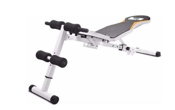 Многофункциональная скамейка для тренировок