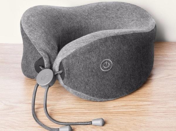 Шейная подушка с функцией массажа