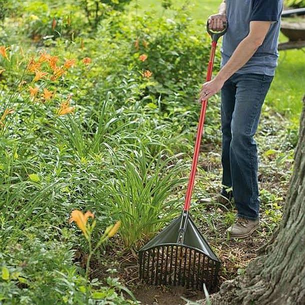 Комбинированный садовый инструмент лопата+грабли Rake Assassin