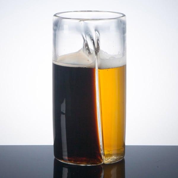 Пивной стакан с поперечной перегородкой