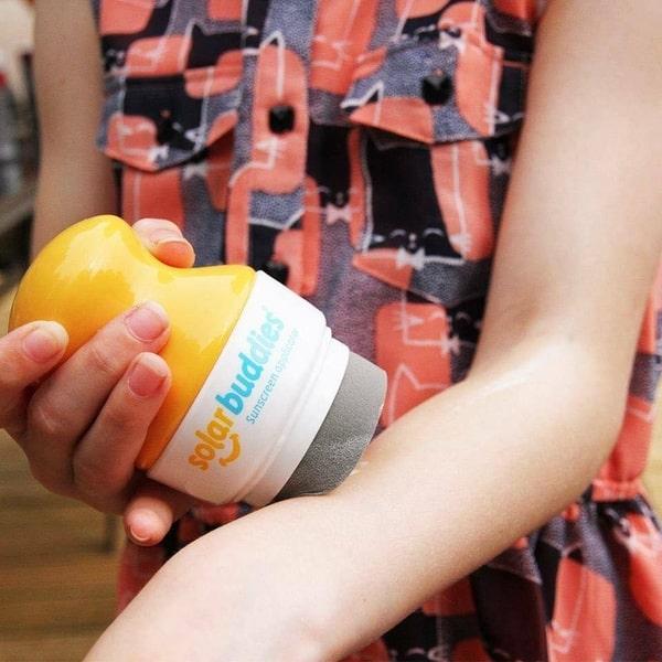 Детский аппликатор для нанесения солнцезащитного крема