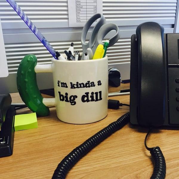 Кофейная кружка с ручкой в виде огурца