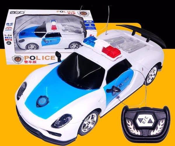 Полицейский автомобиль с пультом дистанционного контроля