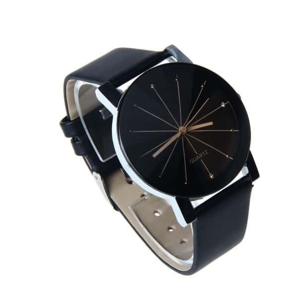 Модные часы без цифровых отметок