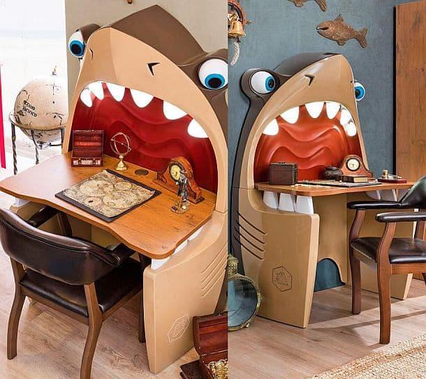 Детский письменный стол в виде акулы с подсветкой Pirate Shark