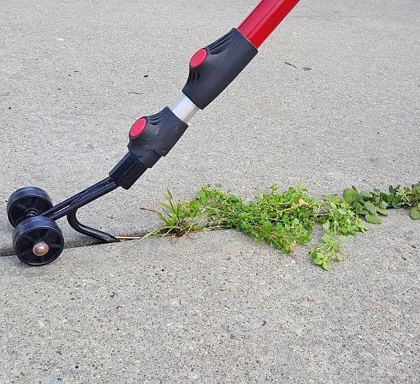 Приспособление для прополки сорняков на садовых дорожках Weed Snatcher