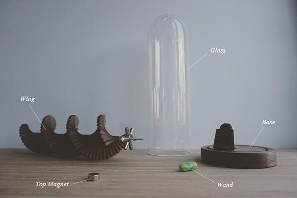 Кинетическая скульптура в виде подвижной спирали Uplift