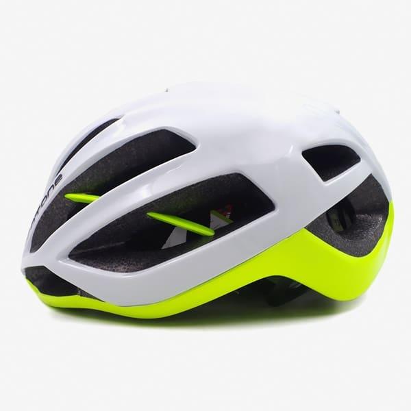 Стильный шлем Protone