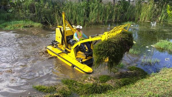 Техника для уборки водоёмов Weedoo Workboats