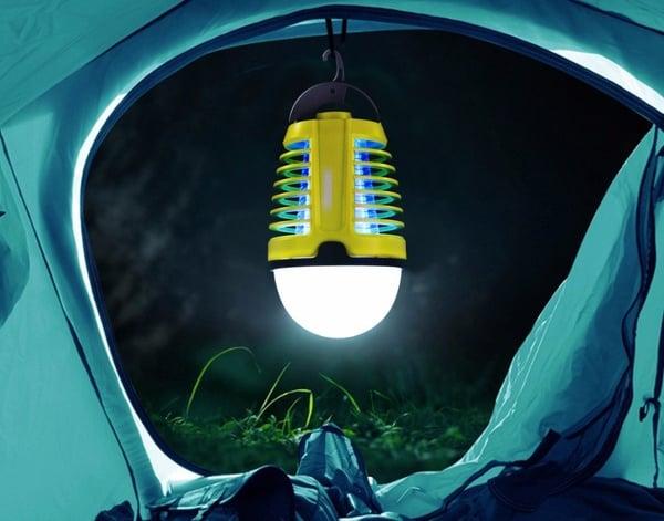 Кемпинговый фонарь с функцией уничтожения комаров