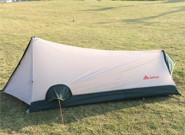 Очень компактная одноместная палатка