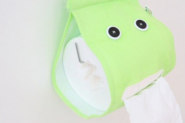 Подвесной держатель для туалетной бумаги