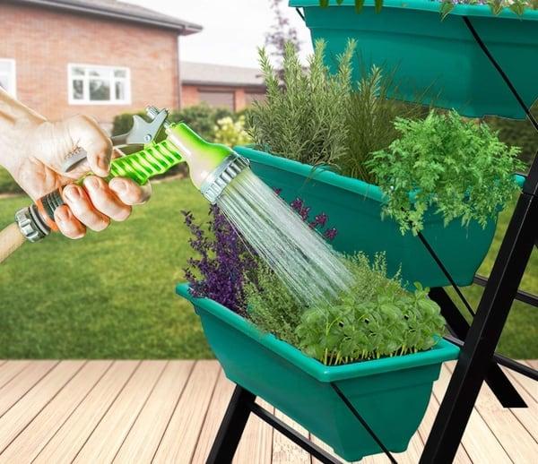 Вертикальная стойка для выращивания растений