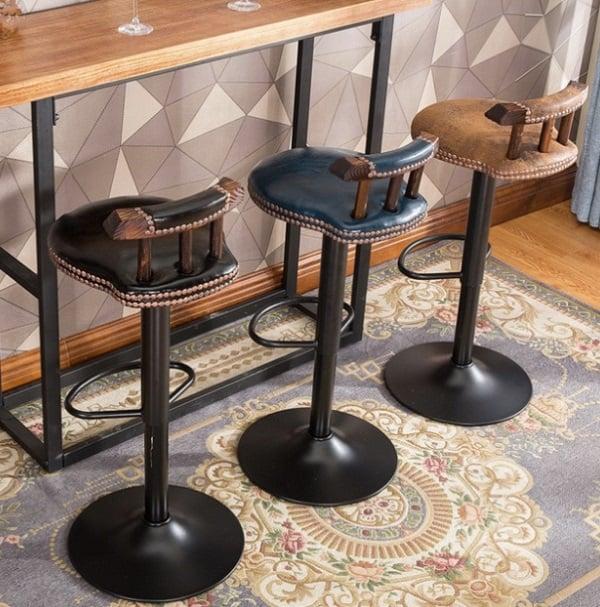 Барные стулья в винтажном стиле