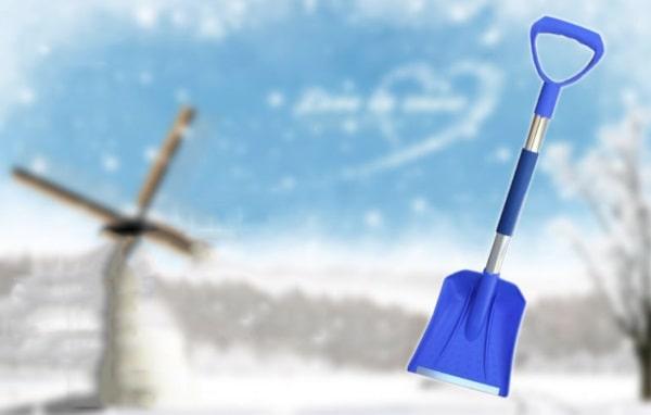 Пластиковая лопата для снега и льда