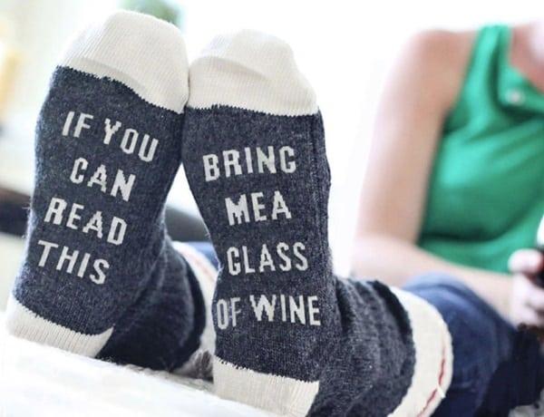 """Носки для ленивых """"Принеси вина"""""""