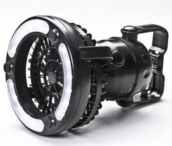 Мощный фонарь со встроенным вентилятором