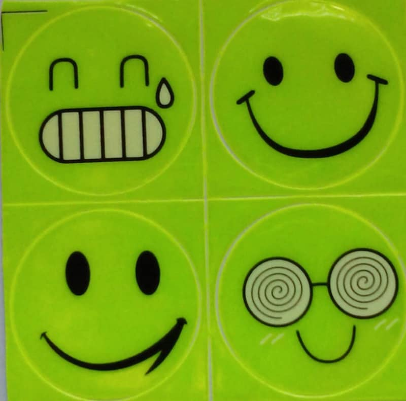 Светоотражающие стикеры в виде смайликов