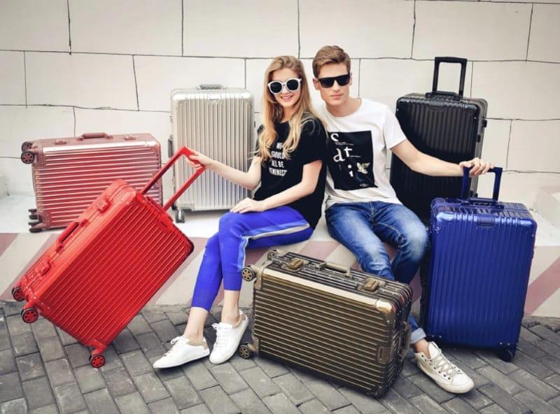 Надёжный чемодан из авиационного алюминия