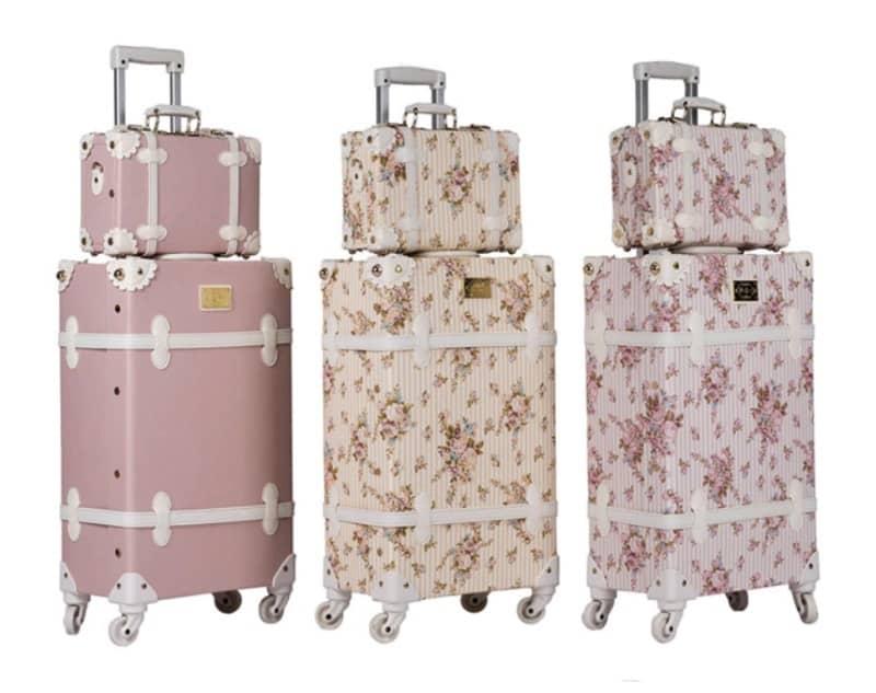 Цветочный чемодан в ретро-стиле