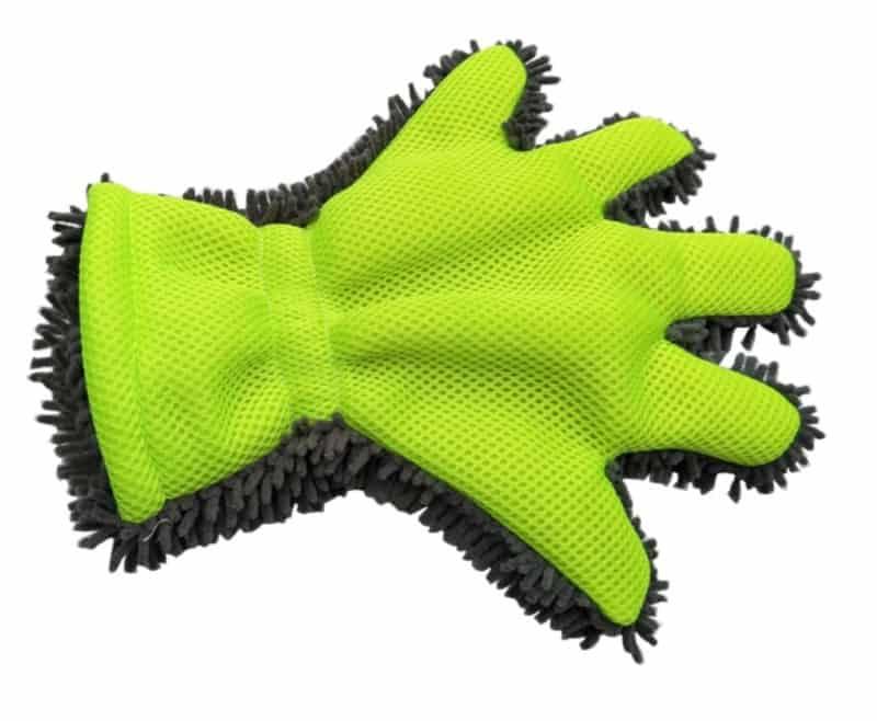 Перчатка из микрофибры для мойки и полировки кузова