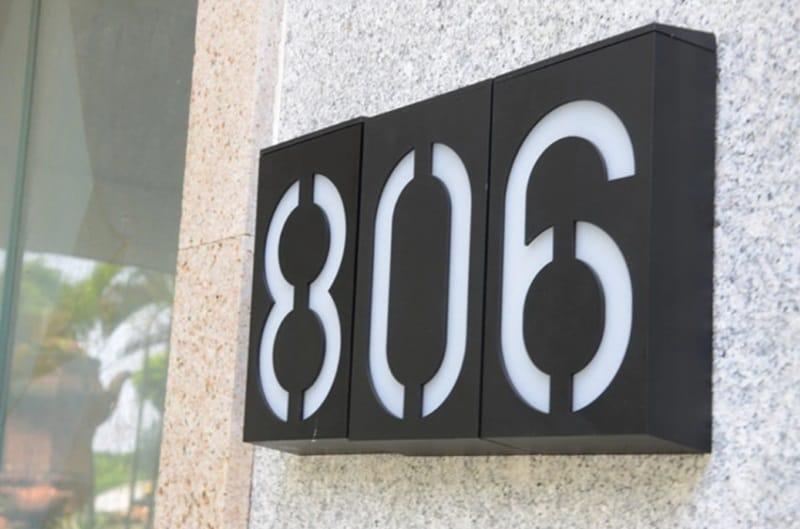 Светодиодные цифры для составления номера дома