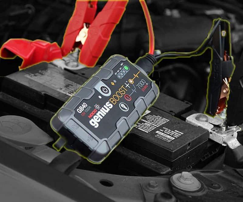 Портативный запускатель двигателей NOCO Genius Boost GB40