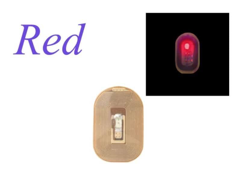 Киберпанковские накладные ногти с NFC и LED-подсветкой
