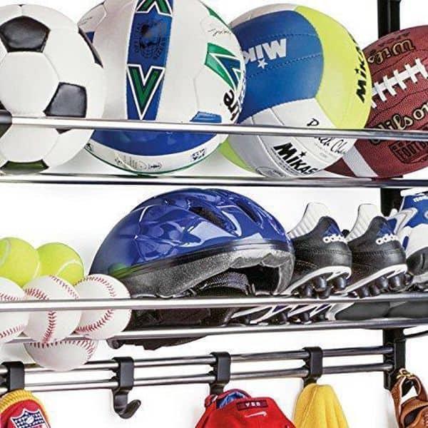 Полка для спортинвентаря с подвижными крючками Lynk Sports