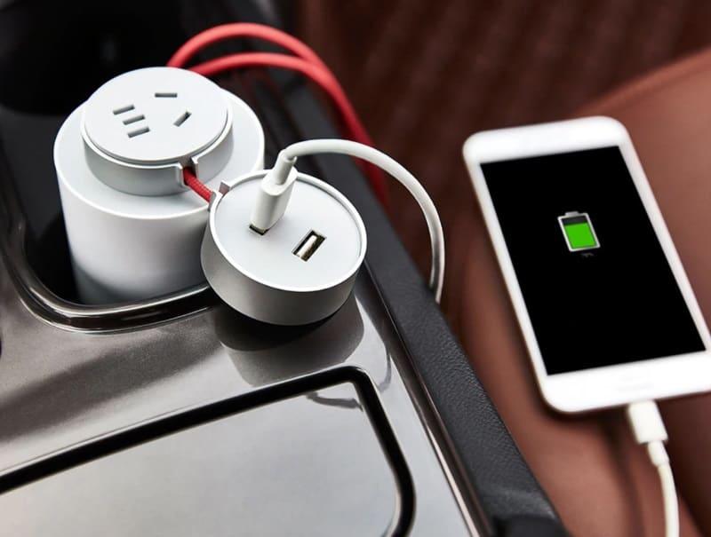 Автомобильный преобразователь напряжения от Xiaomi