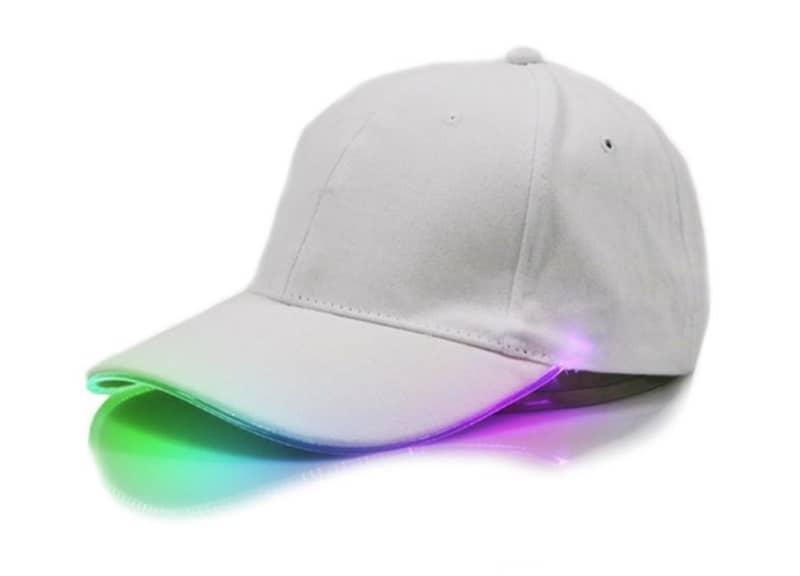 Бейсболка с цветной LED-подсветкой Zacoo