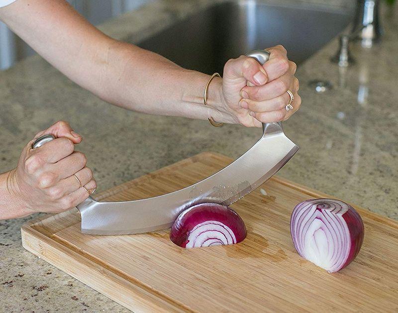 Солидный нож с длинными рукоятками