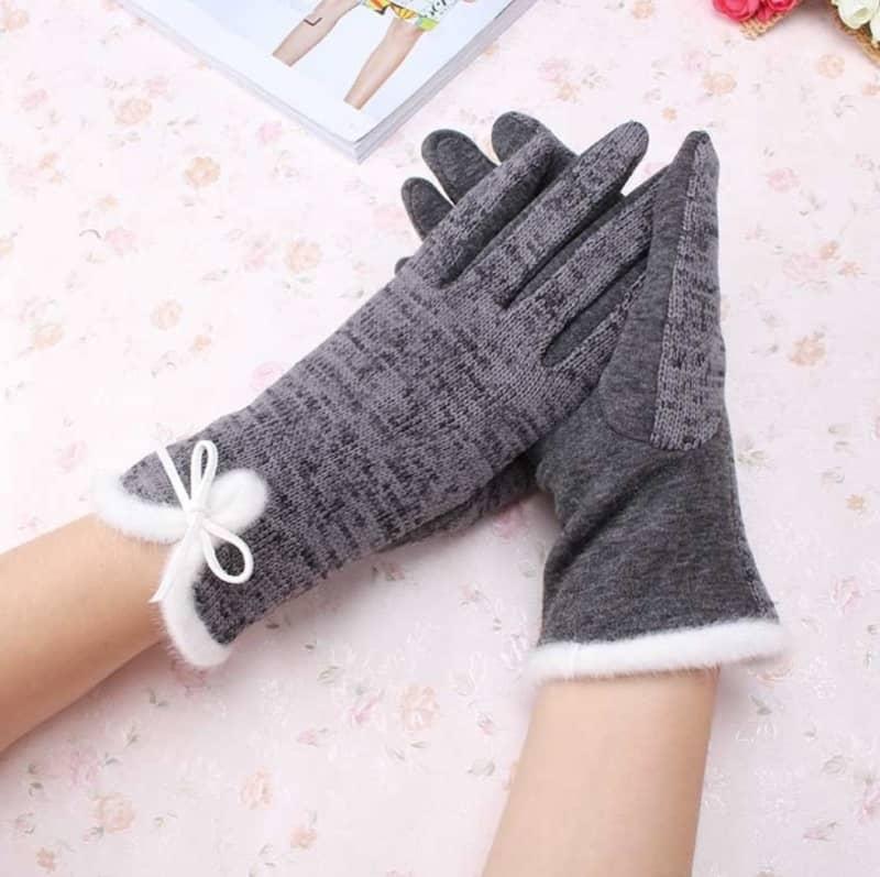 Элегантные перчатки с бантиком