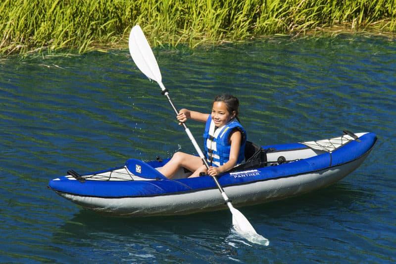 Надувной каяк для одиночного плавания Aquaglide Columbia XP