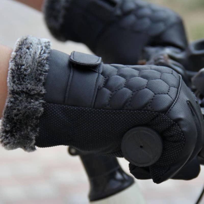 Мужские перчатки для зимней погоды