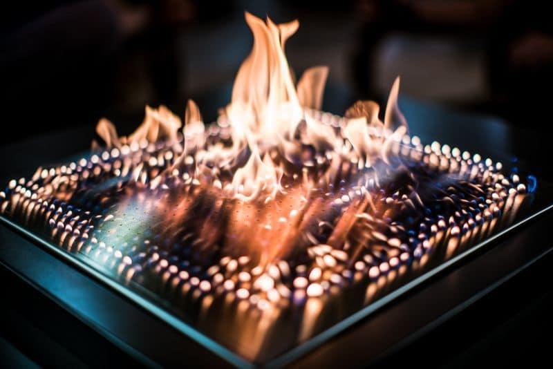 Огнемузыкальный камин Blazing Beats
